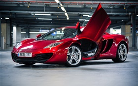 Red McLaren MP4-12C supercar parking HD fondos de pantalla